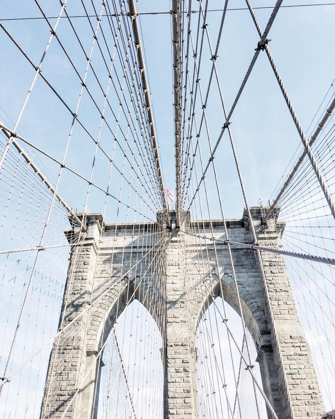 Walk across the Brooklyn bridge? ✔️ (and major swoon!)