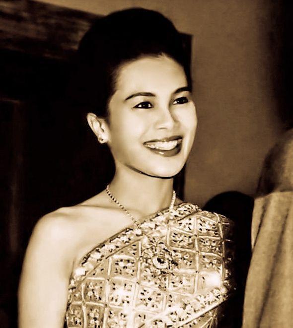 สมเด็จพันปีหลวง: Königin และ Thailand