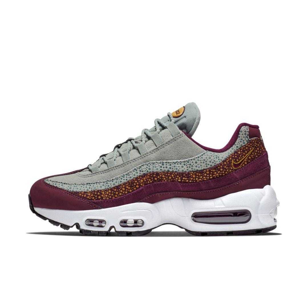 sale retailer 70f6f 9f150 Nike Air Max 95 Premium Contrast Women s Shoe Size 9 (Bordeaux)