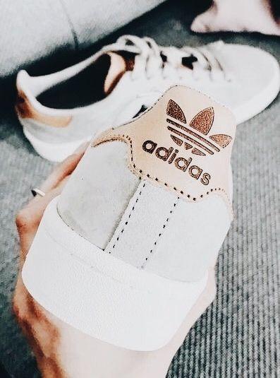big sale 670f8 78b02 Pin lisääjältä Sara Laurora taulussa Shoes – 2018   Pinterest   Shoes,Adidas  shoes ja Adidas
