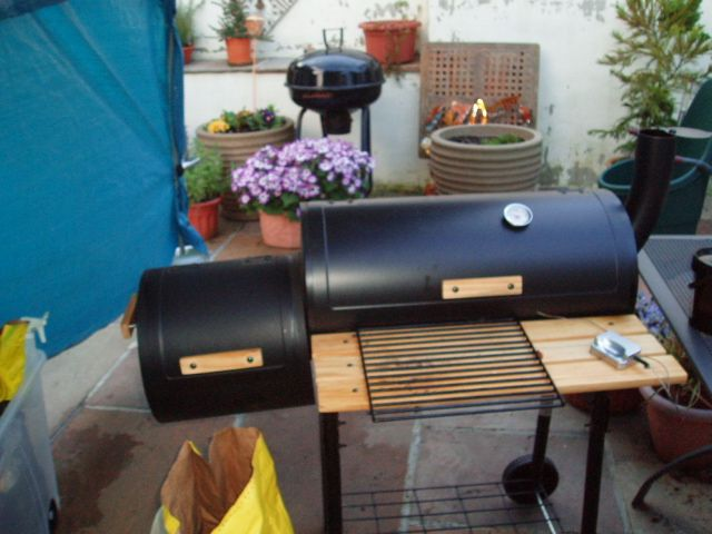 how to cook with a smoker