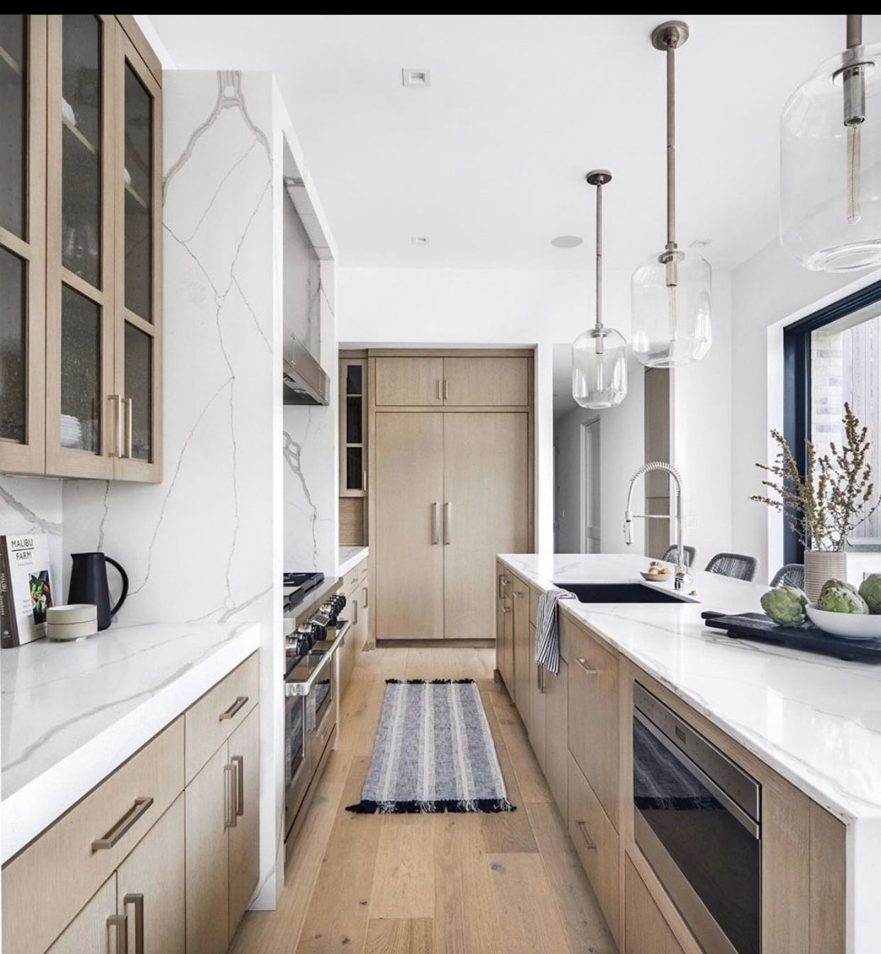 Pin By Emily Robison On Dream House In 2020 Kitchen Inspiration Design Kitchen Inspirations Beautiful Kitchens