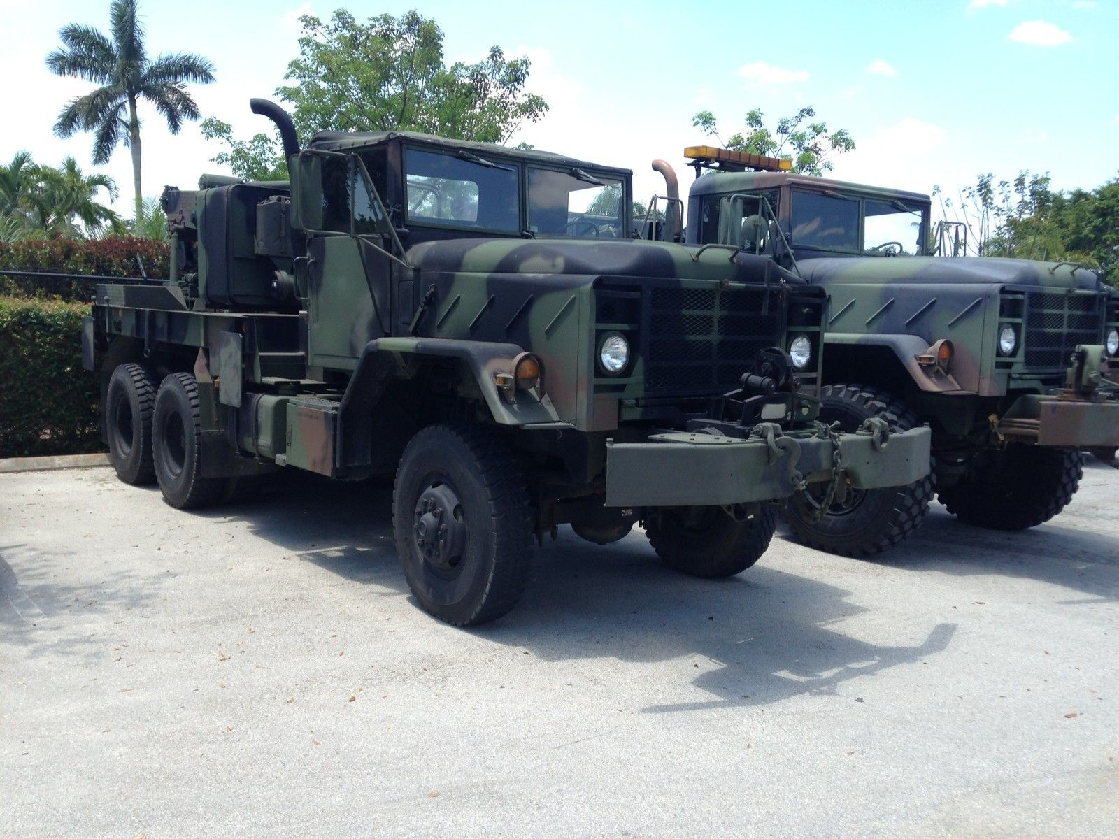 loaded Wrecker 1984 AM General M936 military