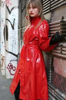Red PVC Raincoat Roter regenmantel, Regenmantel und