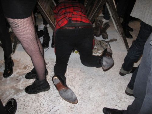 Don't fall over and break this table with your clumsy, drunk body. | 24 Things You Shouldn't Do While Drunk Tonight