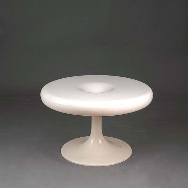 Vintage Industrial Space Age Coffee Table For Sale At Pamono: Eero Aarnio; Enameled Polyester 'Kantarelli' Occasional