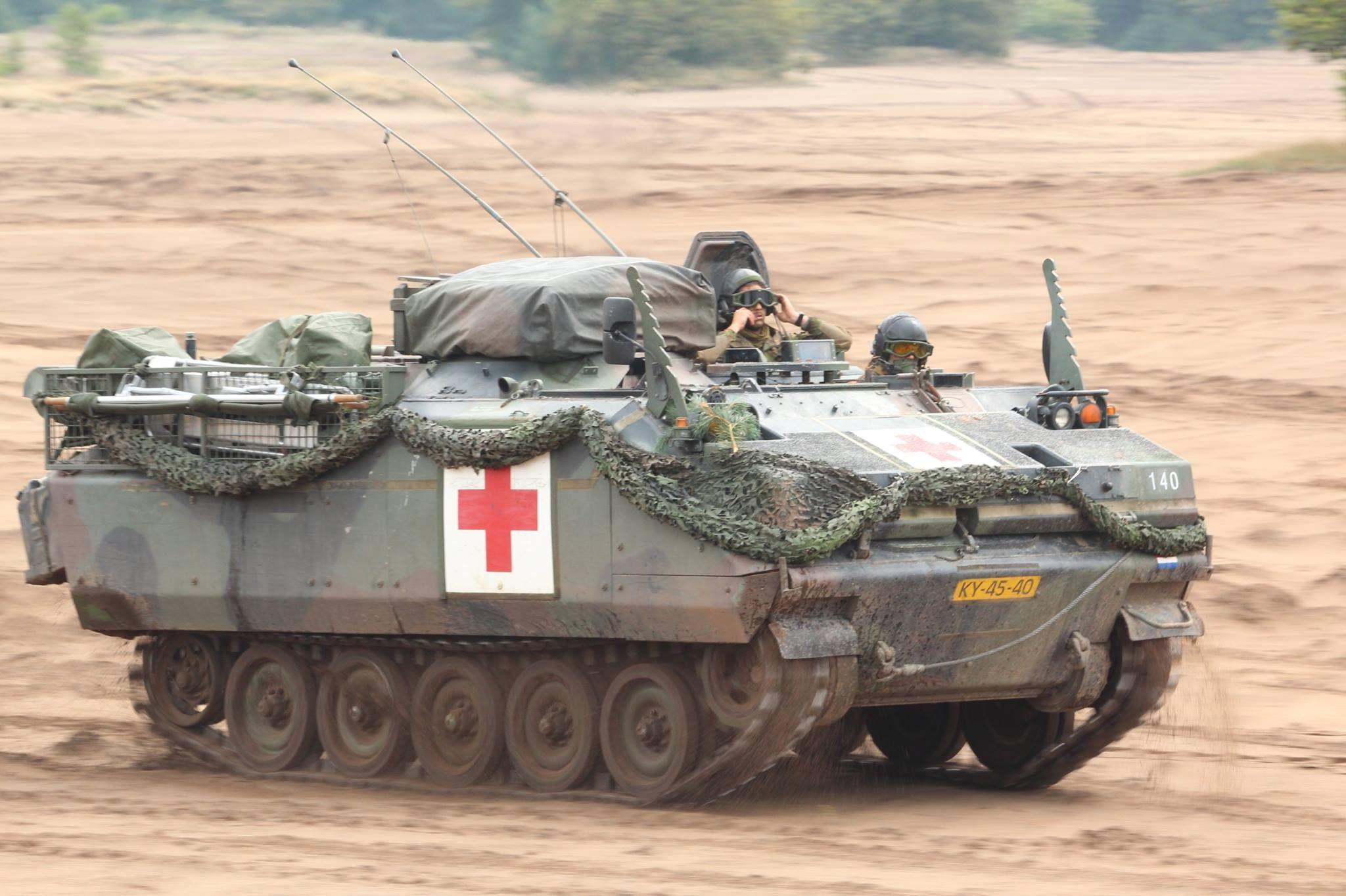Ypr Gwt Ambulance Militaire Voertuigen Militair Voertuigen