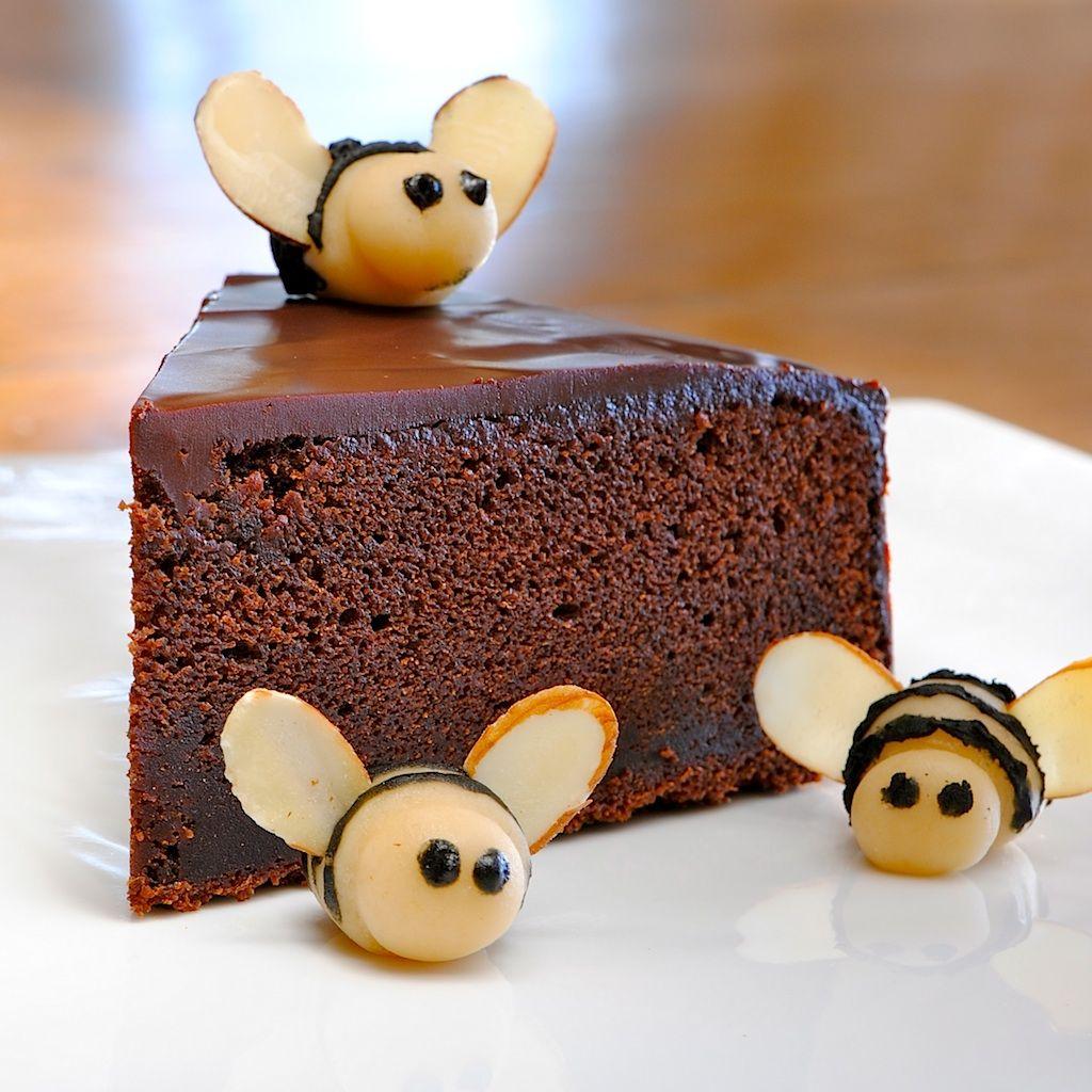 Jules Food Nigella S Chocolate Honey Cake Bee Cakes Honey Chocolate Honey Recipes