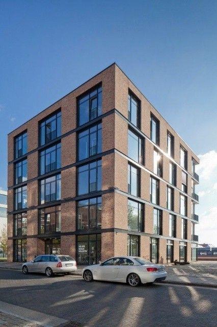 Grandes edificios de empresas importantes arquitectura for Empresas de arquitectura