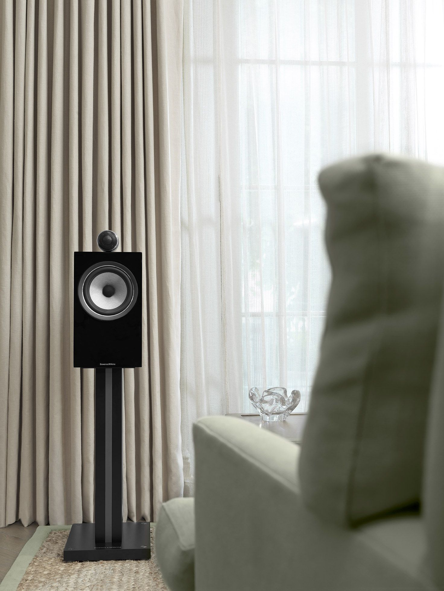 Hear Music As The Artist Intended It The 700 Series Reveals More