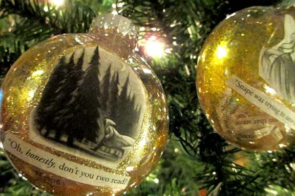 25 days of christmas book inspired ornaments scholasticcom harry potter christmas tree