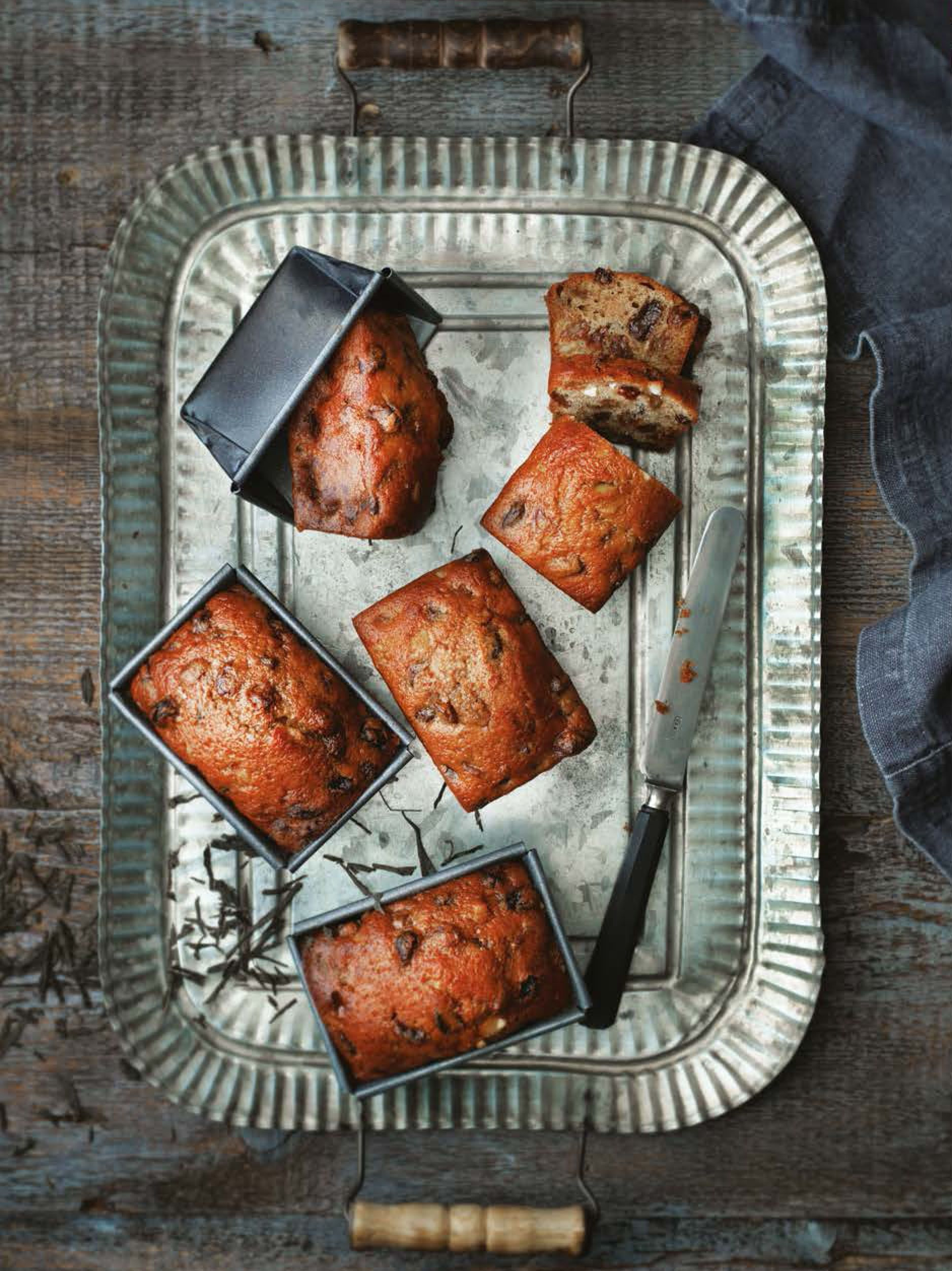 Barmbrack recipe from 80 Cakes Around the World by Claire ...