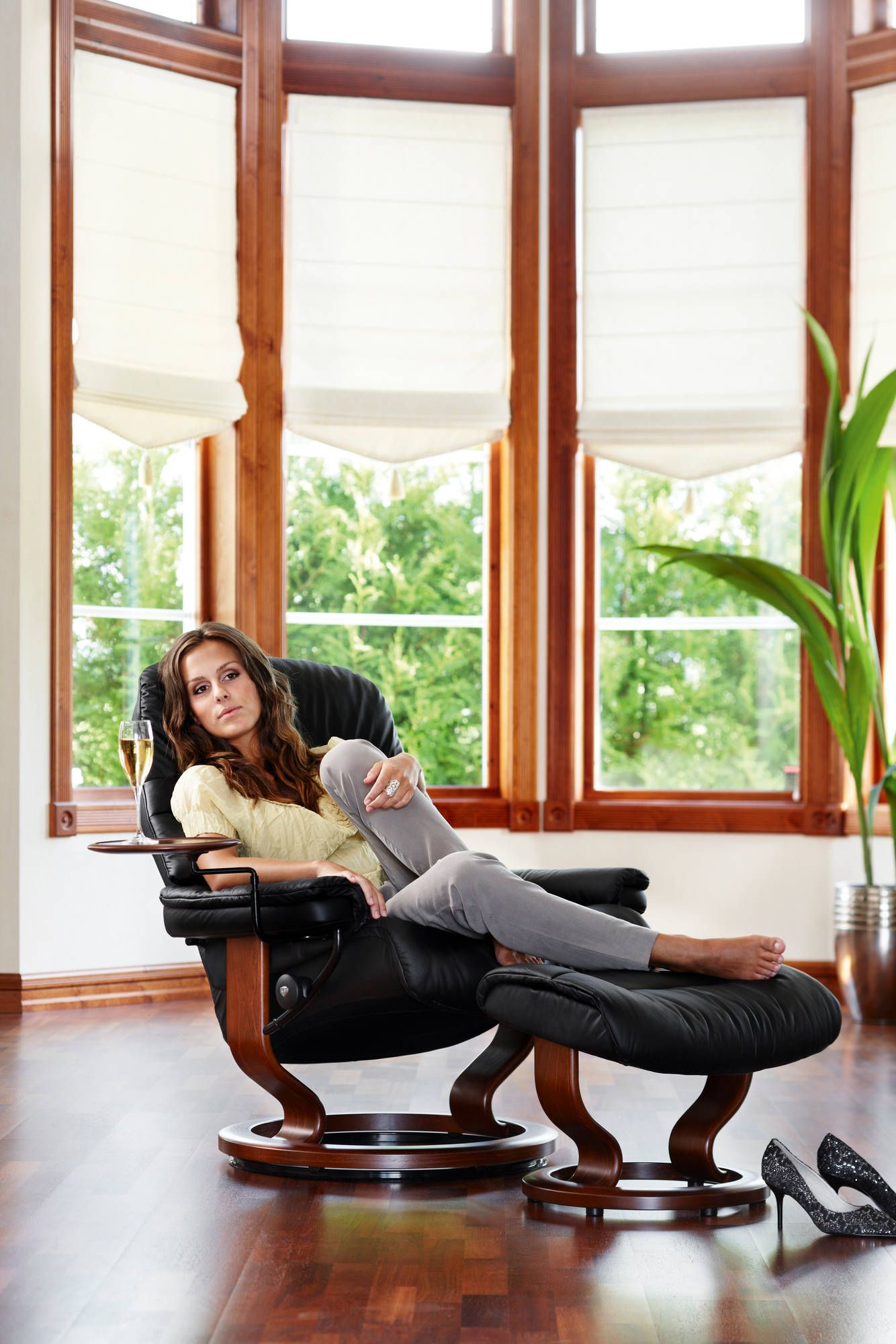 Pin By Bedrooms Amp More On Stressless Recliners Amp Sofas