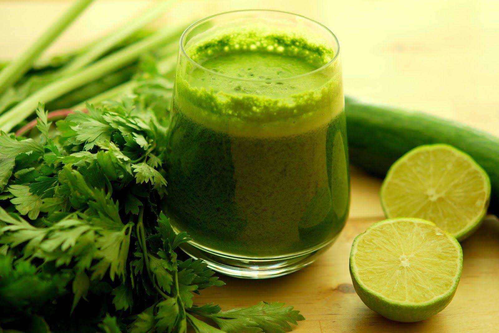 Receita: Suco Verde Detox, nutri, receitinhas, receita, dica, suco verde, couve, água de coco, abacaxi