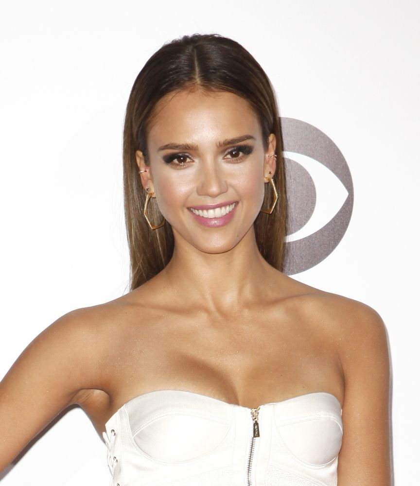 Sleek Straight Hair W/ Middle Part. Shop At Christells.com Today! #hairstyle  #prom #JessicaAlba #ChristellasXOXO