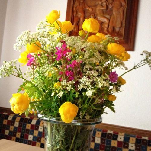 Il Piu Bel Mazzo Di Fiori.Il Piu Bel Mazzo Di Fiori The Most Beautiful Bouquet Of Flowers