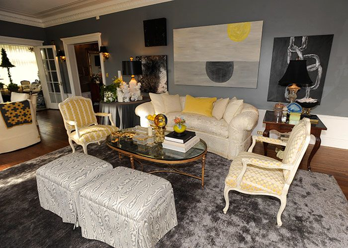 Junior League Show House Features Work Of More Than 30 Designers When Interior Designer Loretta Crenshaw Gave A Friend Preview The Living Room She