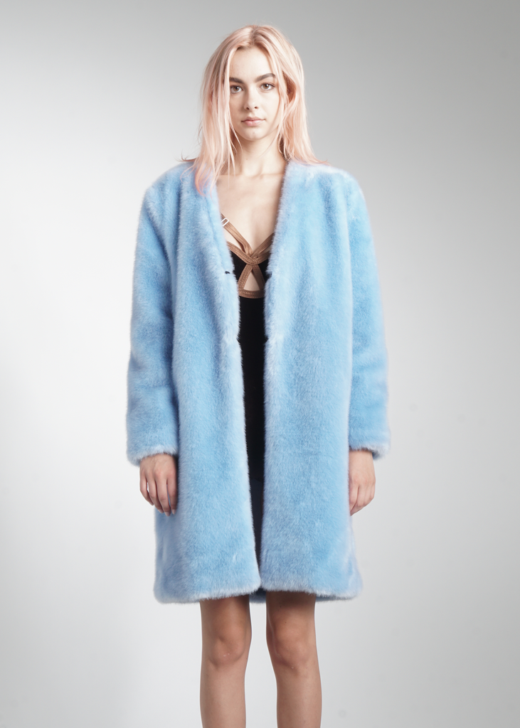 The Perfect Winter Statement Piece Baby Blue Faux Fur Jacket Pair It With Our Moon Phase Crop Top 100 Acrylic Soft And Sul Fashion Fashion Outfits Coat