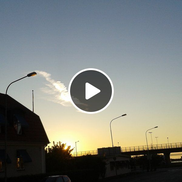#Stream #DIY #Music #Podcast  B:sides ~ Migration Clouds ☁ on #MixCloud - Host & photo: #Lennarrrt.se
