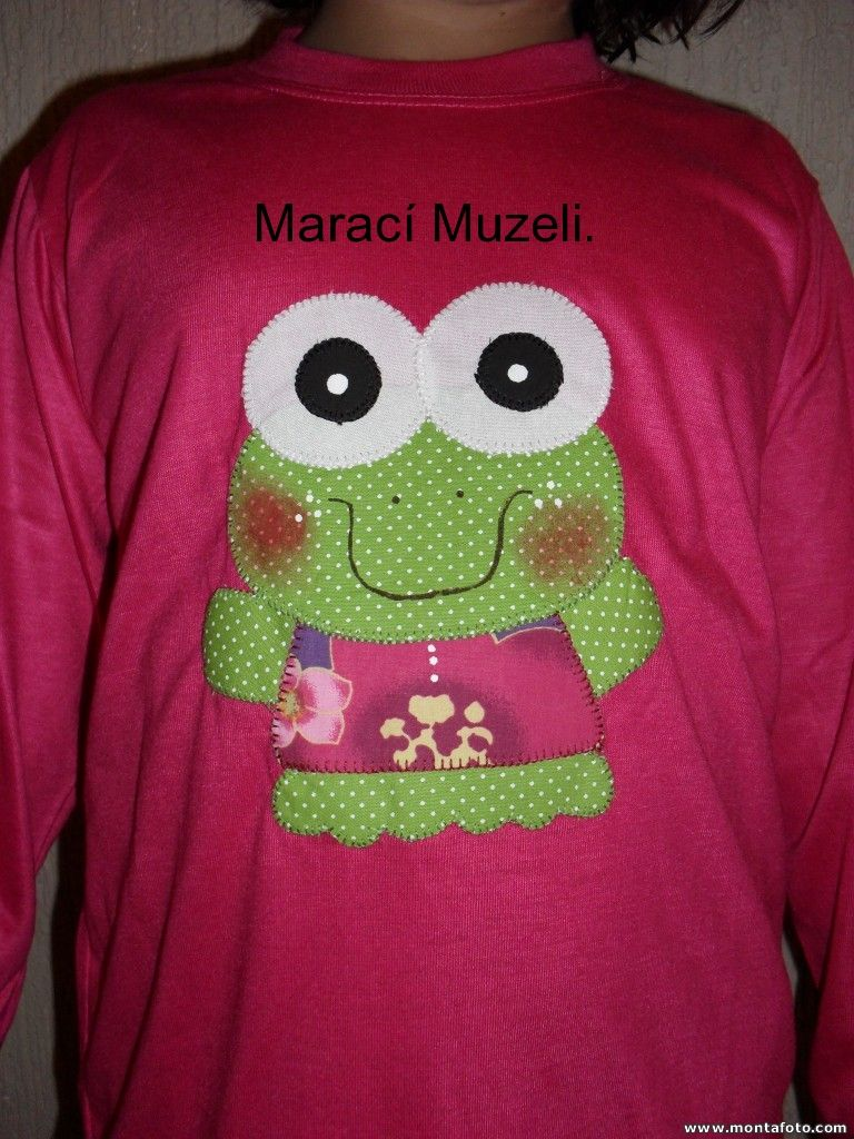 camiseta patchaplique sapo.  muzelimaraci@yahoo.com.br.  Atêlie Talhos e Retalhos-Itanhaém-SP.