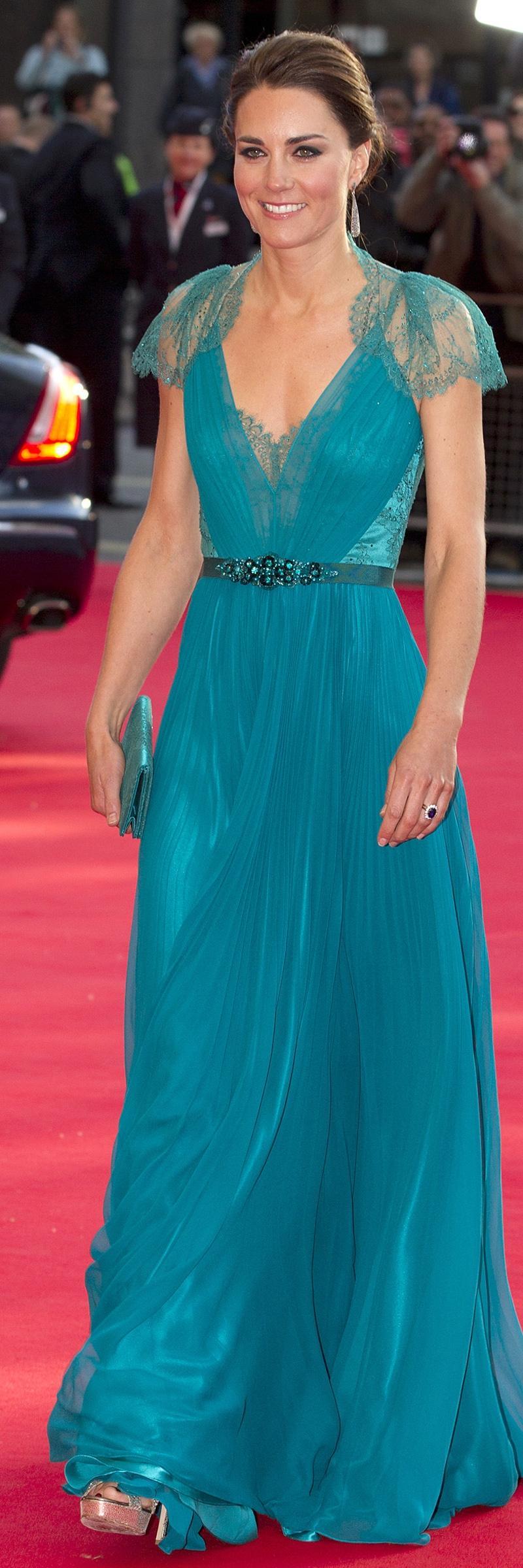 Duchess of Cambridge Makes Vanity Fair\'s Best-Dressed List (Again ...