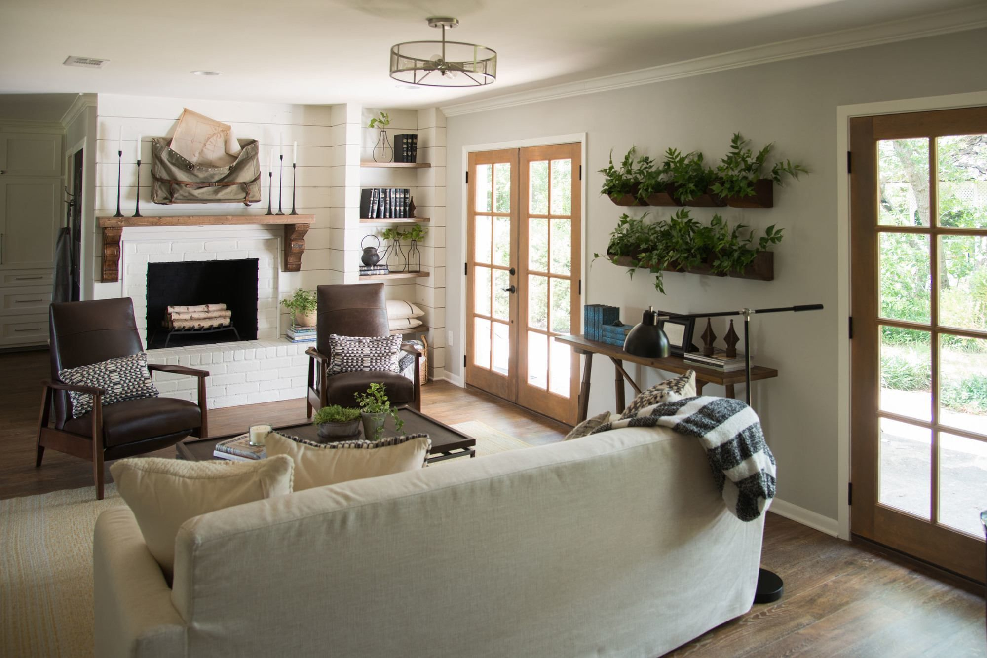 Episode 11 The Prickly Pear House With Images Shiplap Living