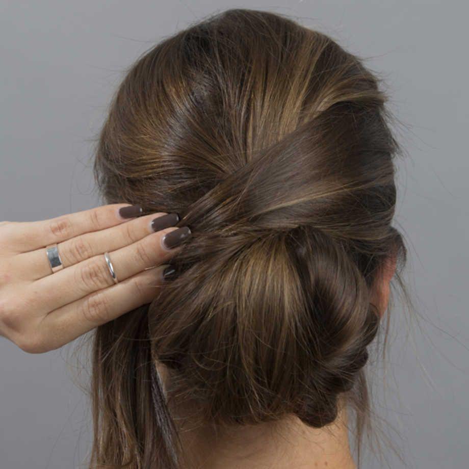 KLASSISK: EN enkel og glatt håroppsats slår aldri feil. Foto: Janne Møller-Hansen/VG