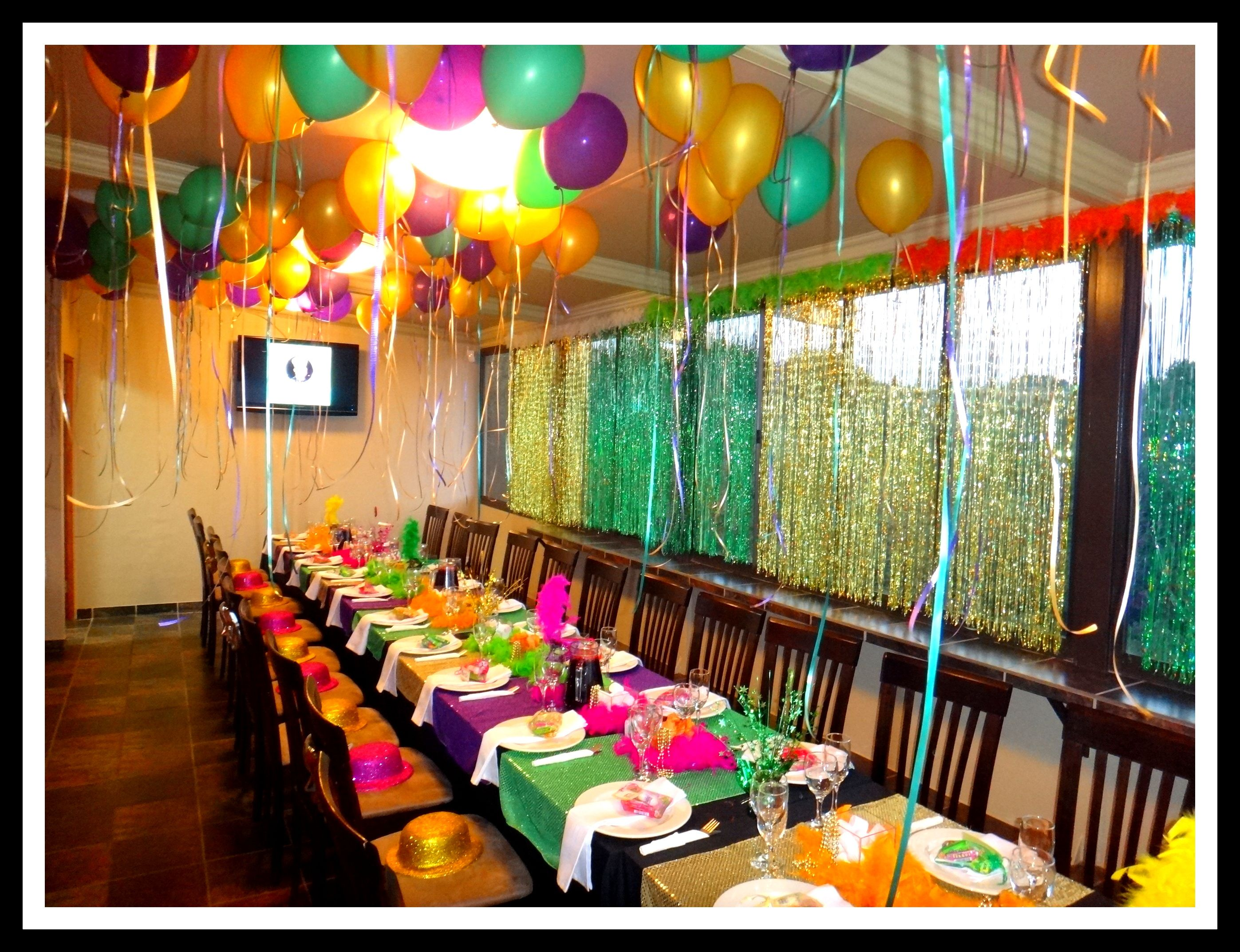 30th birthday party mardi gras theme table birthdays for 30th party decoration ideas