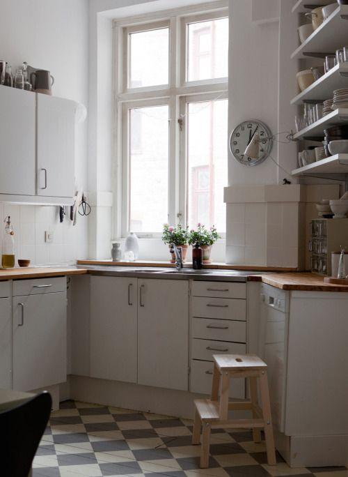 Apartment in Malmö| Photo via Swedish broker Bolaget| via Style and Create
