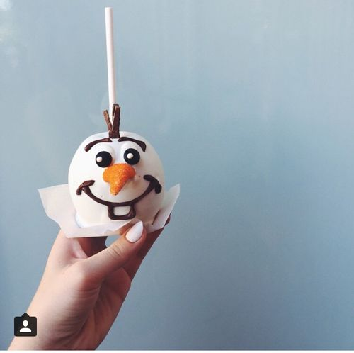 A little Olaf for you.