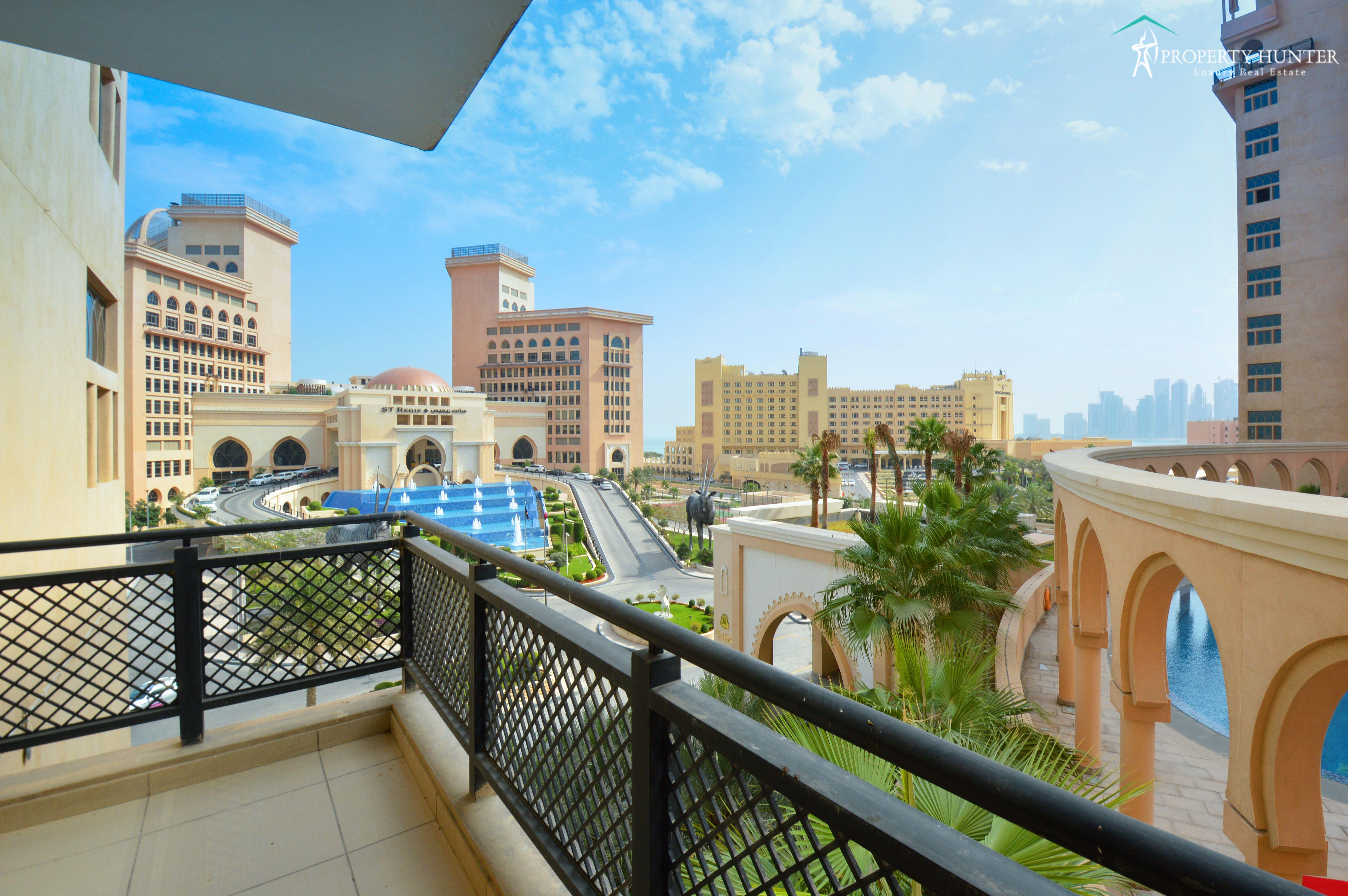 Luxury Life Style In The Pearl Qatar Book Your Apartments Call Now 4021 0800 Propertyhunter Qa Doha Qatarairways Uae