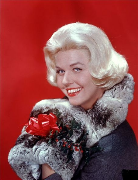 3/28/14 1:37p Universal International Pictures ''Midnight Lace'' Doris Day Holiday Great Photo Released: 11/1960