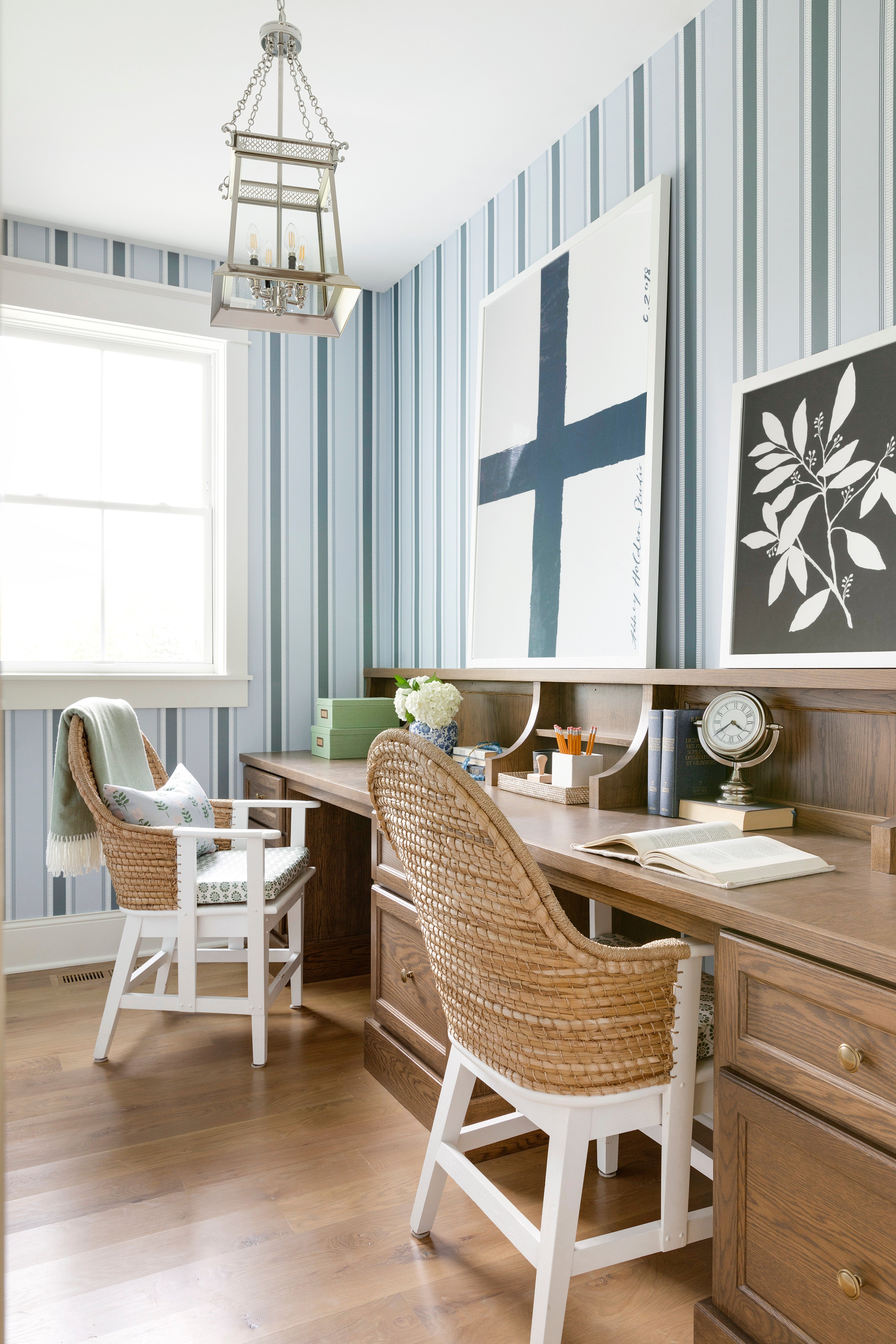 A Classic Farmhouse Meets Chic Furnishings Round back