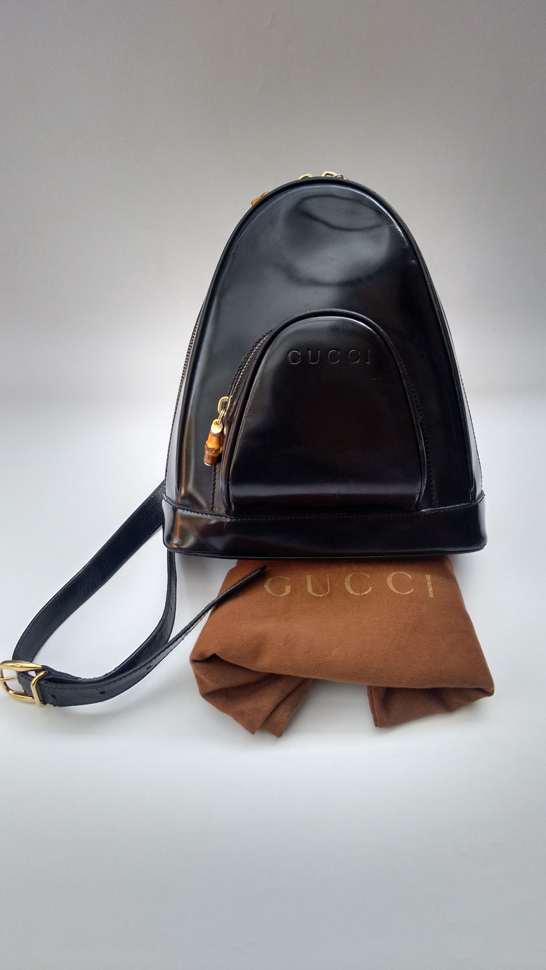 ba48619e68c GUCCI Bamboo Vintage Black Leather Backpack   Shoulder Bag. Italian  designer purse. Tom Ford Era.