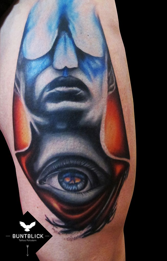 Tattoo futuristisch (http://www.buntblick-tattoo.de/)