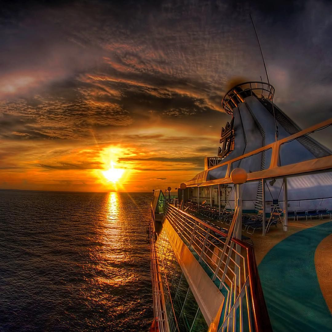 Sunset before dinner and partying the night away. Who's up for that? Photo by Robert Du Bois #cruise #cruiseship #cruiseships #RoyalCaribbean #royalwow #sunset #travels #vacation #travel