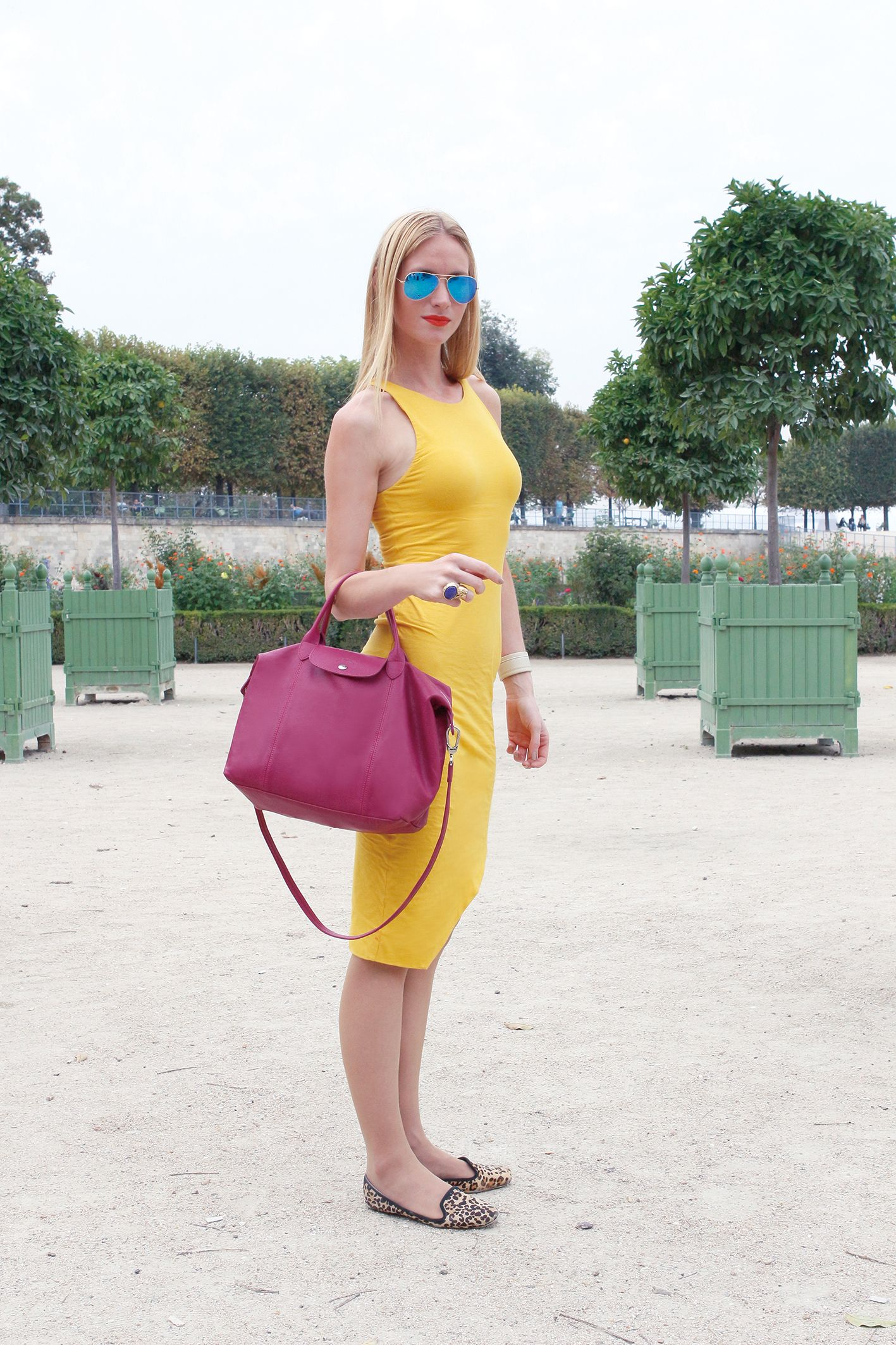 4cf6cc9d7d06 The beautiful Le Pliage Cuir is the ideal matchup #Longchamp #Fashion #Bags  #streetstyle