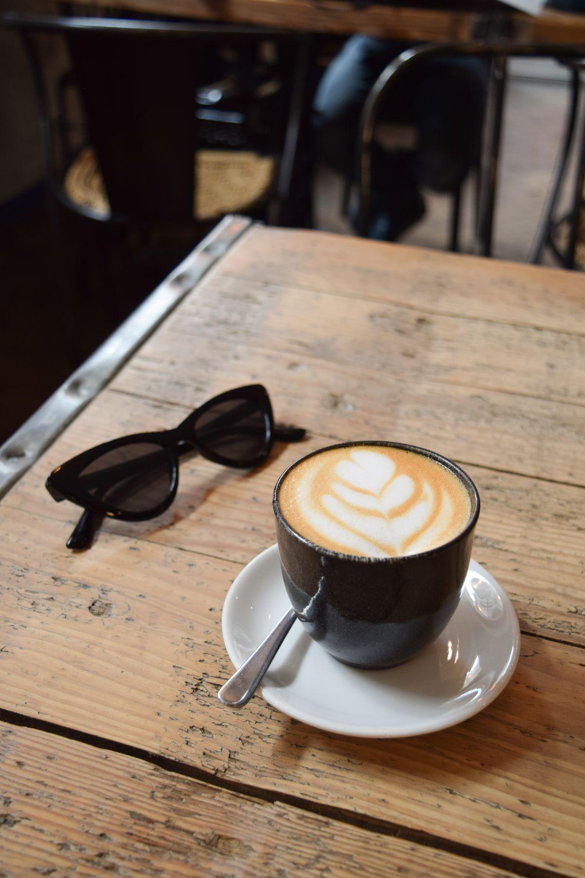 7 Best Cafés & Specialty Coffee Shops in Bordeaux