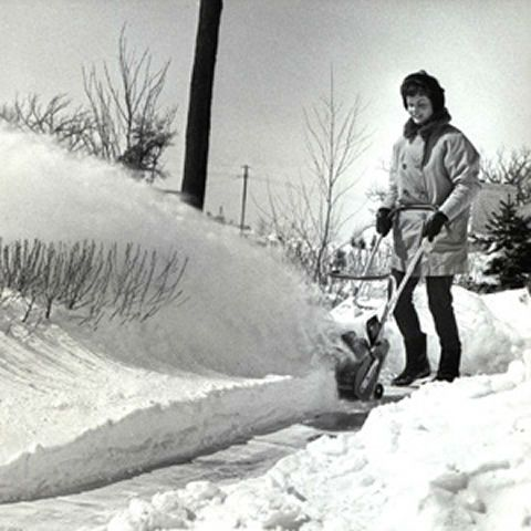 1964 Toro Introduces The Snow Pup The First Lightweight Consumer Snowblower History Scenes Snow