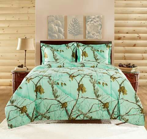 Mint Green Camo Bed Set Can Someone Please Tell Me Where To Find This Comforter Sets Camo Comforter Sets Cabin Bedding Sets