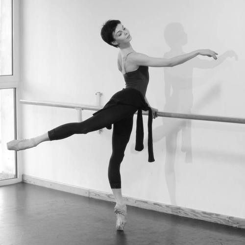 Natalia Osipova- short haired ballerina!