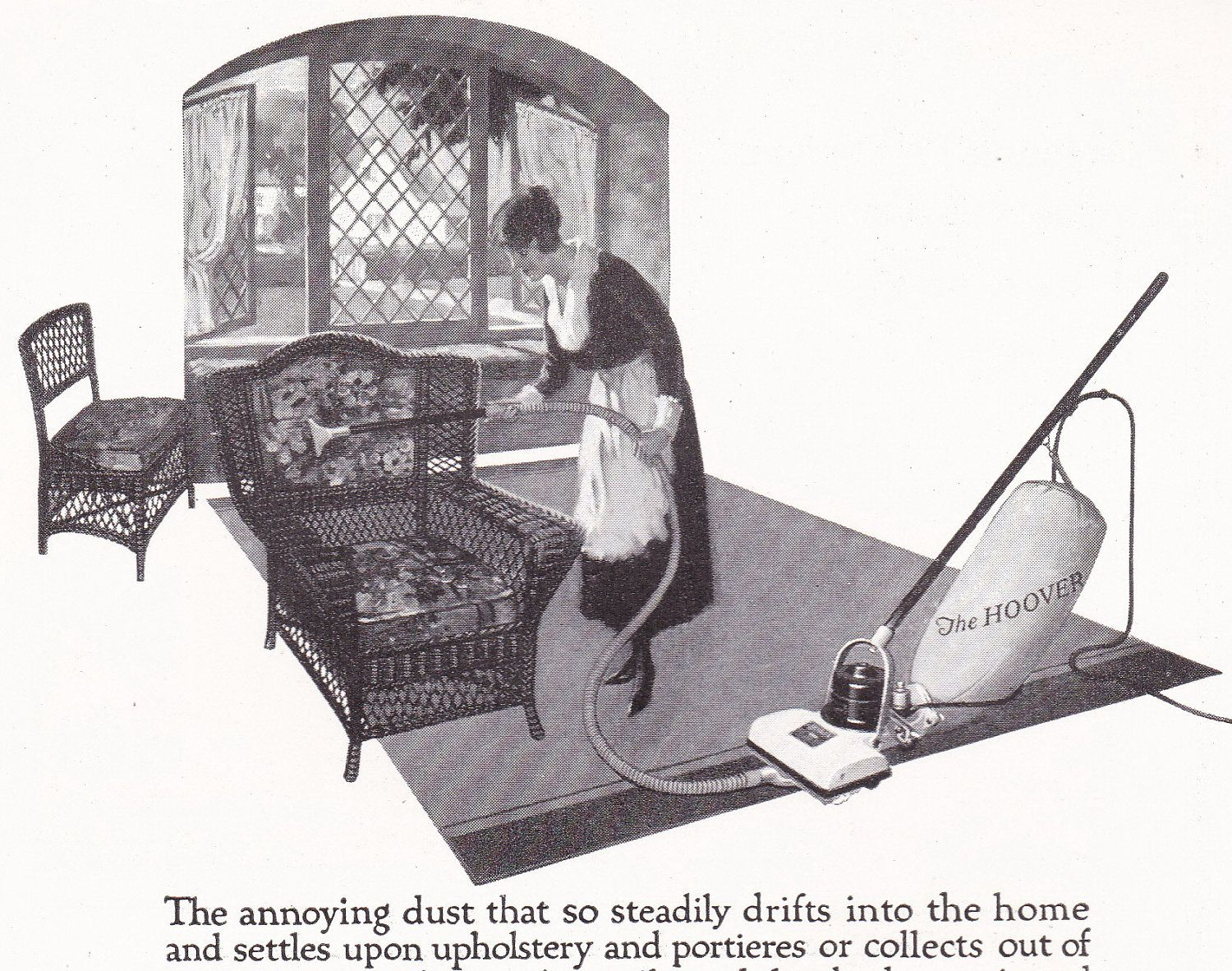 1920s Vintage HOOVER Vacuum Housewife Cleaning Wicker Furniture Illustrated  Ad Advertisement