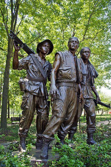 Vietnam Memorial Statue Vietnam Memorial Soldier Memorial Vietnam