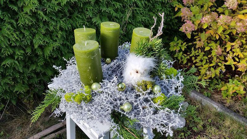 Adventskranz - Adventskranz Schnee eule gewachste Zweige - ein Designerstück von DieFloralisten bei DaWanda