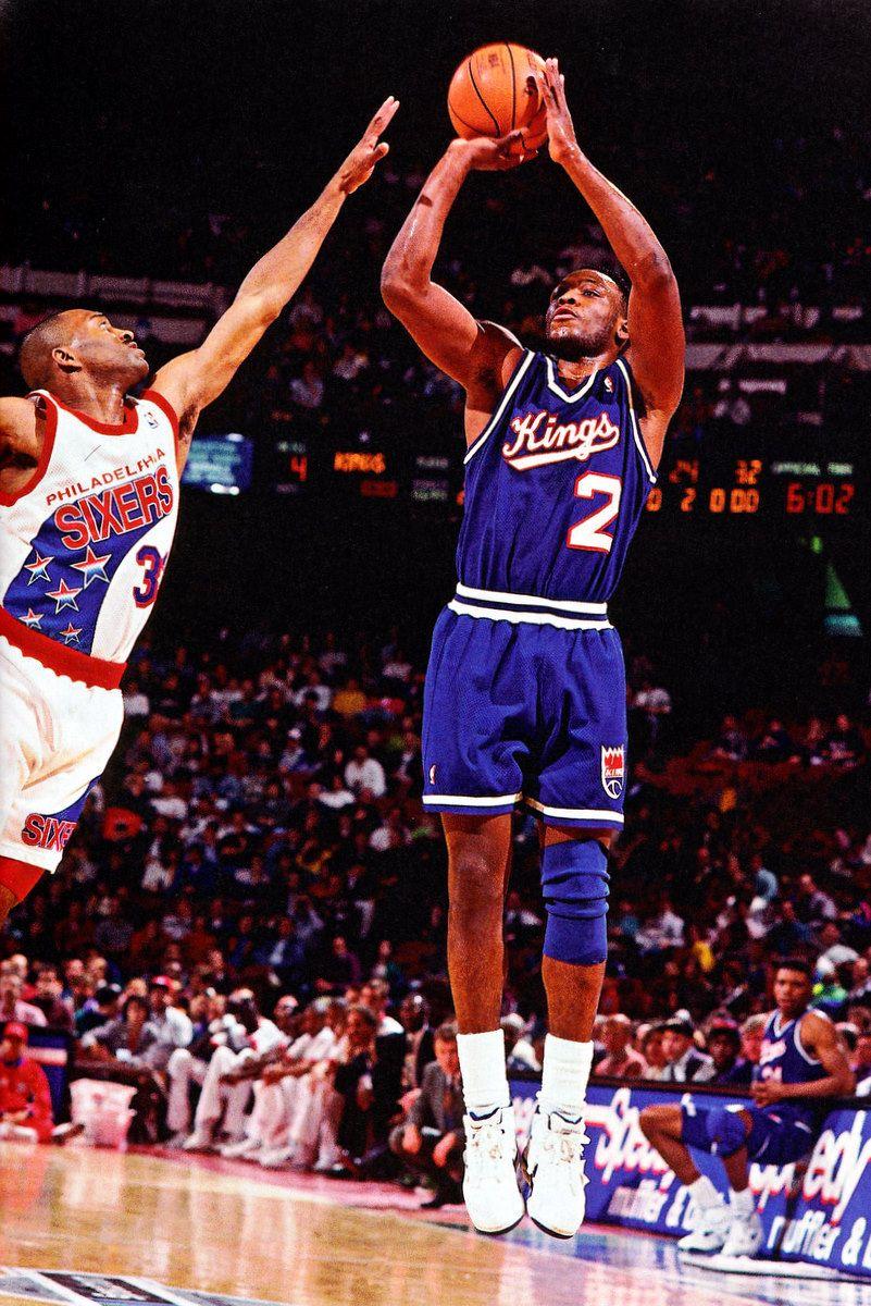 4bd86fd8c0b Mitch Richmond shoots the jumper over Hersey Hawkins- 1993 ...