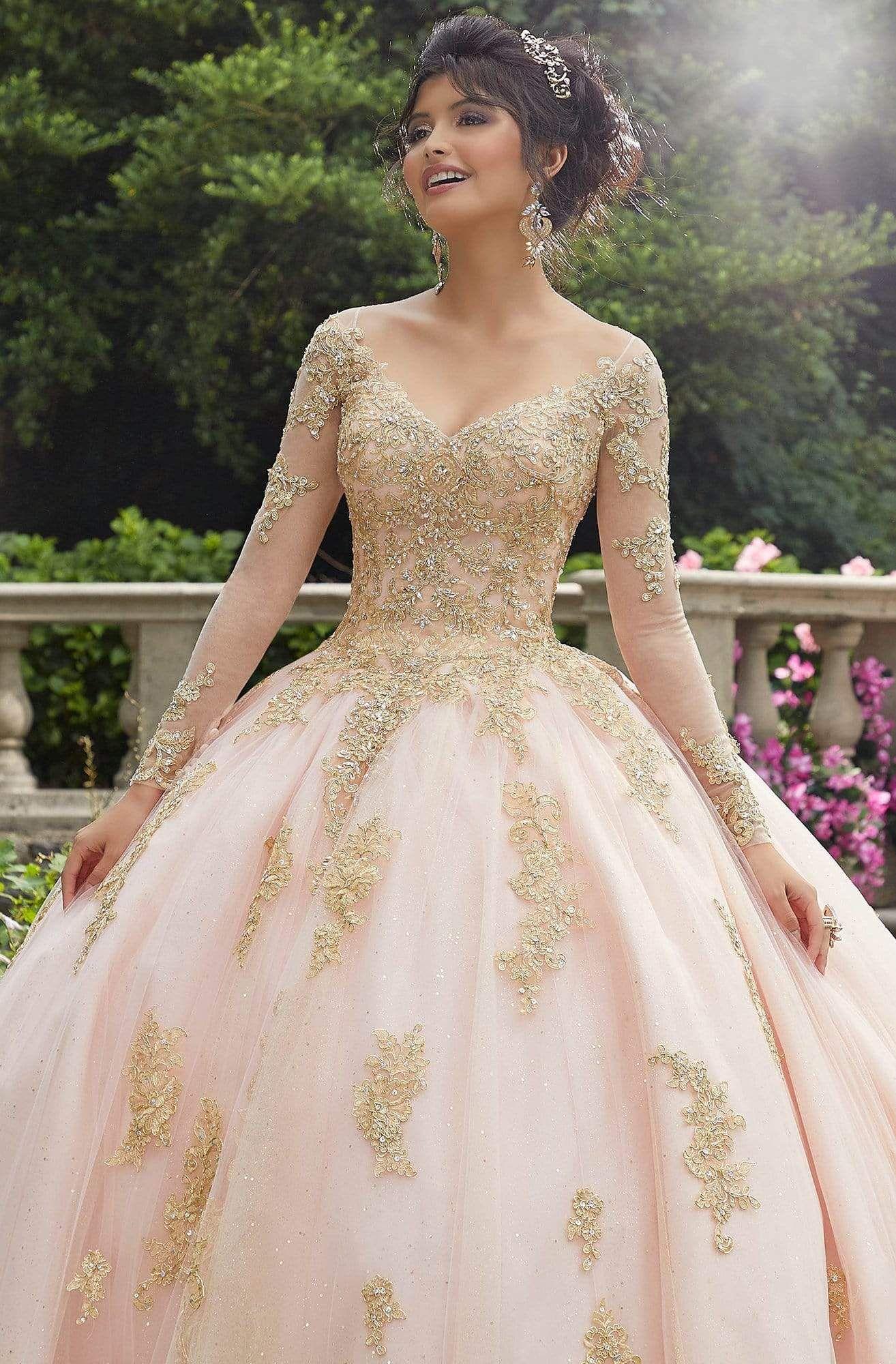 Vizcaya By Mori Lee 89272 Metallic Lace Long Sleeves Ballgown In 2021 Long Sleeve Quinceanera Dresses Pretty Quinceanera Dresses Quinceanera Dresses Gold [ 2000 x 1314 Pixel ]
