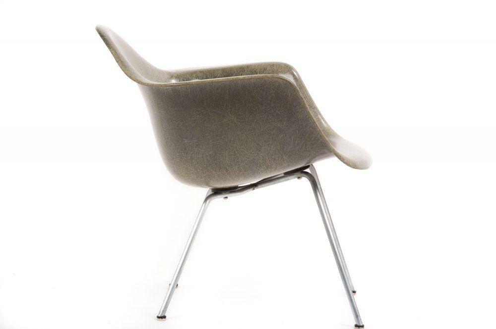vintage Eames DAX fiberglass chair by hermanmiller