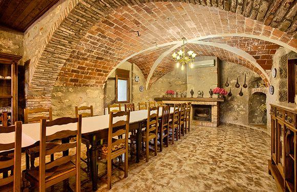 Casa rural Can Bastons, a Peralada.  Alt Empordà, Província Girona.http://turismerural.com/ca/fotos-casa-rural/can-bastons/