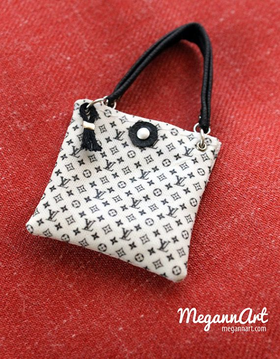 Designer Inspired Black & White Purse for 16 Scale by MegannArt, $11.50