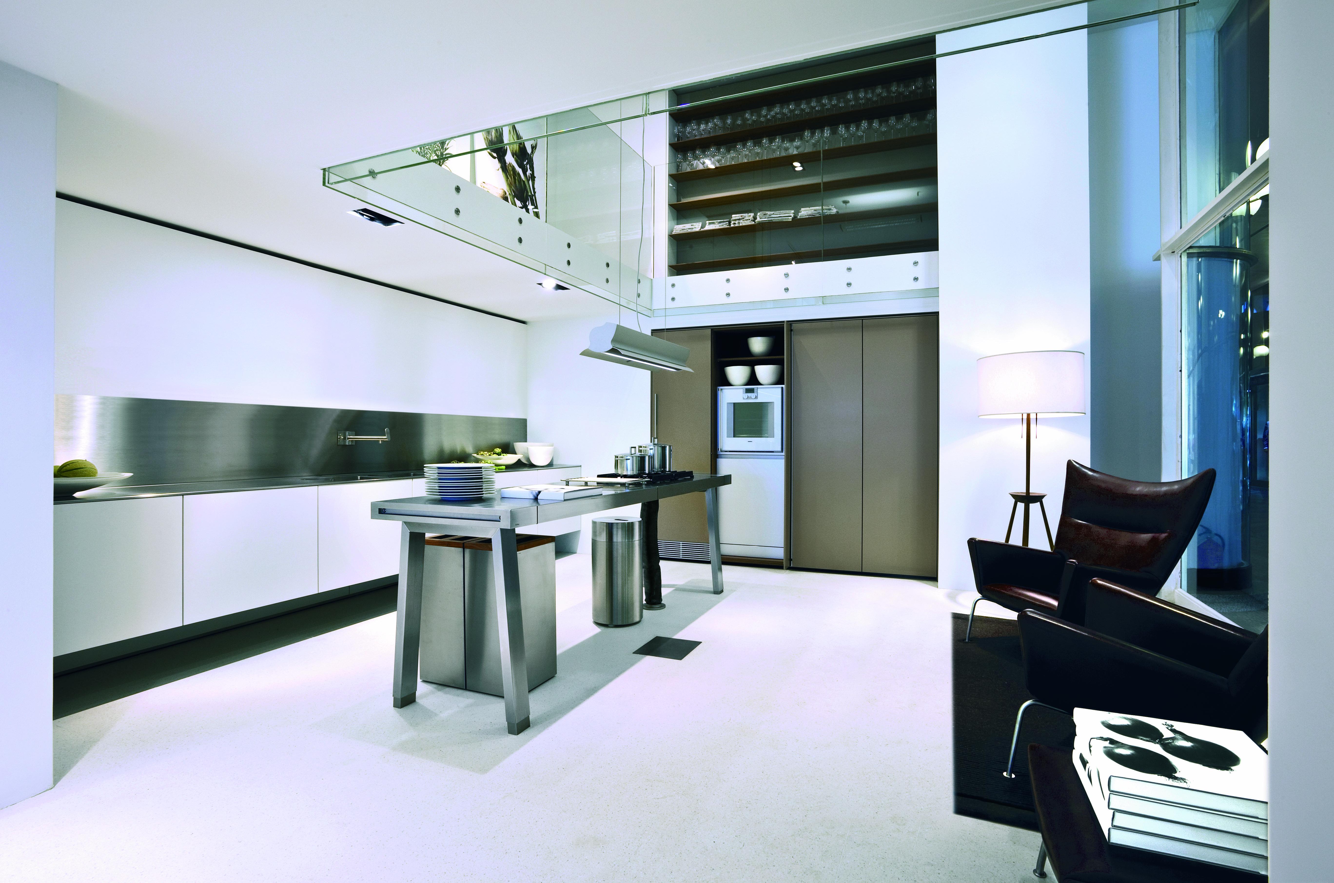 Bulthaup b keuken in combinatie met een b werktafel b de
